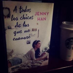 Libro: A todos los chicos de los que me enamoré Autor: Jenny Han Género: Adulto joven, Romance. Número de páginas:376 Editorial: Destino  Precio: $298.00 Conseguido en: Gandhi